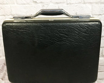 VINTAGE  American Tourister Black Thin Hard Shell Briefcase 1960s Attache Luggage Travel Case