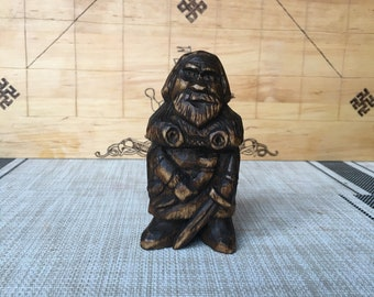 The wooden figure of viking Earl
