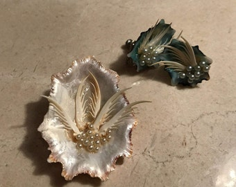 Unique mussel shell brooch with matching earrings