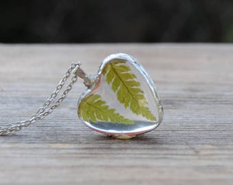 Fern necklace, Fern terrarium, terrarium necklace, pressed flower necklace, botanical jewelry, woodland necklace, fern heart necklace