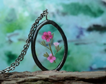 preserved flower necklace, gifts for her, flower girl necklace, terrarium necklace, real flower pendant boho dried flower jewelry