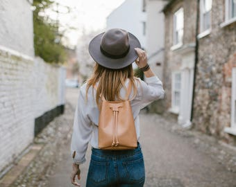 Bucket bag, Leather Bucket Backpack, Camel Leather Bucket Bag, Crossbody Bag, Brown Bucket bag, Women back, Leather Shoulder Bag, Backpack