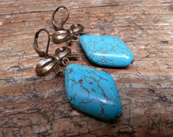 Earrings boho chic turquoise and bronze metal bow
