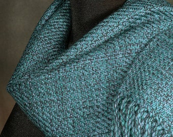 blue green scarf / handwoven scarf / merino wool scarf / winter scarf / man's scarf / woman's scarf