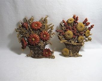 HOMCO Flower Basket Wall HangingPlaques