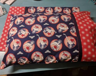 Wonder Woman Standard Pillowcase Set