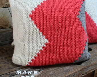 Knit Geometric Cushion Cover. Silver and Coral pink throw pillow. Chevron cushion. Knit Pillow. Pillow for girls bedroom. Gift for teenager.