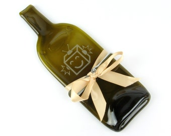 Melted Bottle Cheese Tray with Robot Design - Amber Glass Wine Bottle