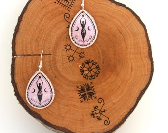 Pagan Triple Godess Purple and Black Dangle Earrings - Handmade Hammered Jewelry - Paganic Gifts for Her - Top Selling Items - Gifts 4 Women
