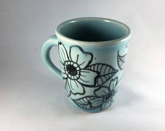 Stoneware, tropical flowers pottery mug