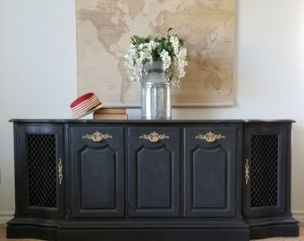 SOLD***Vintage French Provincial Buffet/Credenza *Local Pick Up Only