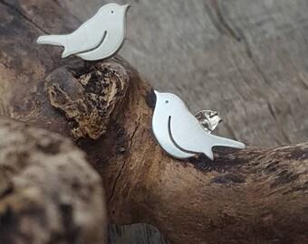 Handmade 925 Sterling silver Robin/bird stud earrings - bird lover gift