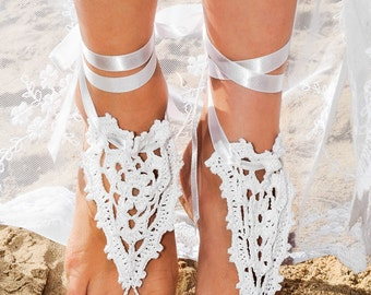 Beach wedding Crochet Barefoot Sandals in white with satin ribbon, Heart pattern, Foot jewelry, Bridal shoes, Lace shoes, Foot accessory
