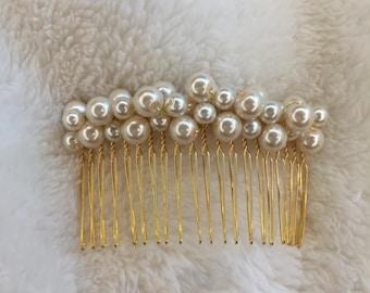 White pearl Hair comb bridal hair accessory