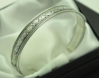 Vintage Solid 925 Sterling Silver Ornate Filigree Cuff Bracelet