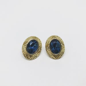 Vintage earrings | stud earrings | gold earrings | gemstone earrings