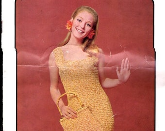 ON SALE ON Sale - Sirdar Crochet in Summerbreeze  - Vintage 1970s Women's Crochet Pattern No 9929