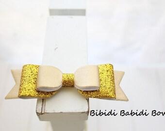 Girls headband- Gold bow- Girl headband- infant headband- Baby girl headband- Gift- Toddler headband -Hair accessory