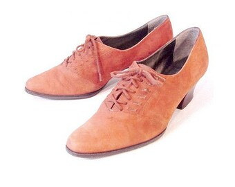 Vintage Revival Brown Suede 80's Whipstitch Oxfords Spectator Wood Heels Shoes 8 8.5