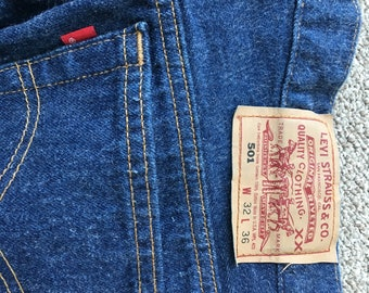 Vintage LEVI STRAUSS Levi's 501 Jeans Made in USA Size 32/36
