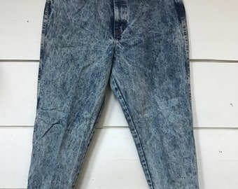Best Acid Wash High Waist Jeans 26 27 28 29 / Tapered leg jeans /