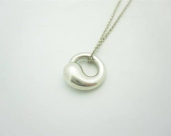 Elsa peretti jewelry etsy tiffany co elsa peretti small sterling silver eternal circle pendant necklace 16 mozeypictures Image collections