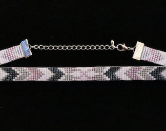 Pointed Beadloom Choker