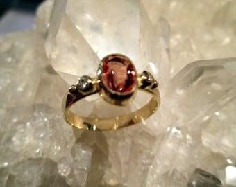 Sunstone & Diamond Ring ~14K. Yellow Gold~ Handmade w/ Oregon Sunstone