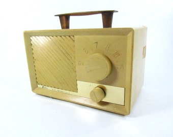 Falcon All Transistor, Mid Century Portable Radio, Battery Powered Radio, Photo Prop