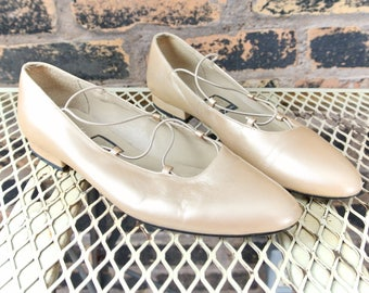 80's Vintage || Nina Muted Gold Metallic Minimalist Ballet Leather Slip On Shoes || Size 7 M || 0463