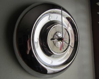 1956 Oldsmobile Hubcap Clock no.2509