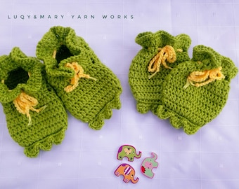 Crochet Patterns - Mr. Frog Mittens & Slippers Set
