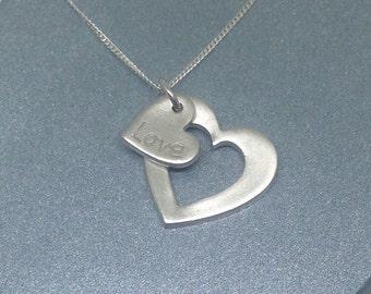 Medium Heart Pendant inc. chain