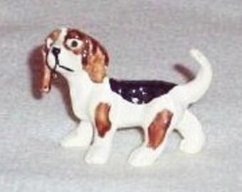 Vintage Miniature Beagle Figurine, Mini Beagle Figure, Miniature Hound Dog, Collectible Dog