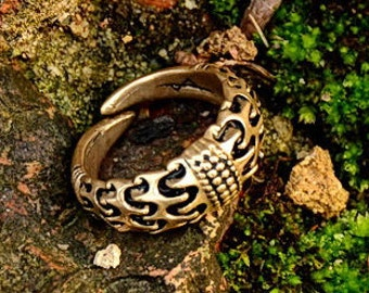 Viking finger ring from Valse - [07 Ring Bangle]