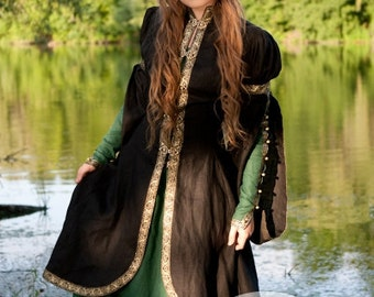"Medieval Fantasy Dress and Overcoat Set ""Forest Princess"""