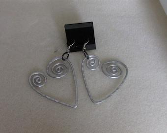 Aluminium hammered heart earrings