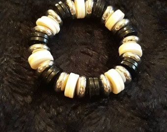 Vintage Elasticated Black, White And Silver Disc beaded Bracelet
