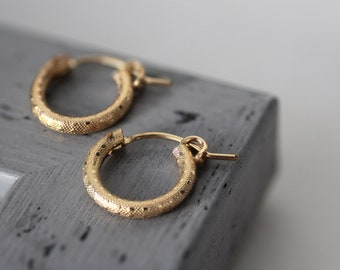 Small gold hoops, beauty Gifts, tiny gold hoop earrings, gold filled hoop earrings, small hoop earrings, tiny hoops, Christmas gift