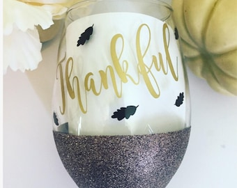 Let's get smashed // Thankful // Fall wine glass // 21oz stemless glitter dipped wine glass