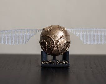 3-piece Golden Snitch Quidditch Gryffindor From Harry Potter decor with stand, 3d printed, hand painted, gift for her, gift for him