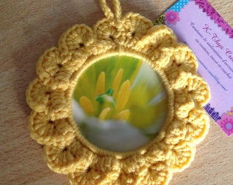 SALE - Cute little frame crocheted, yellow chick