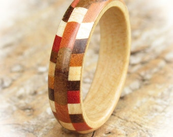 Court Mosaic Wooden Ring