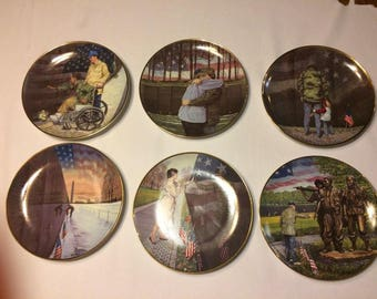 Franklin Mint -  Vietnam Veterans Memorial Collectors Plates