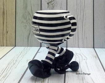 Prisonnier une tasse de café - tasse à café mignone, une tasse de café unique, mug blanc noir, amateur de café, une tasse de café Unique, tasse de thé café, cadeau pour le patron