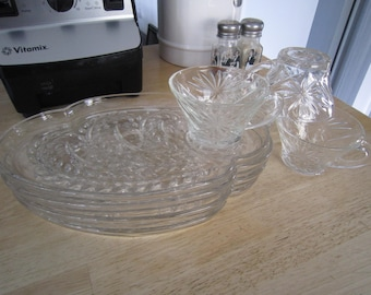 Anchor Hocking Snack Plates Trays