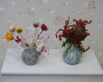 Miniature Ceramic Filled Planters. Dollhouse Garden Accessories. Miniature Plants. Miniature Planters. Dollhouse Flowers. Miniature Flowers