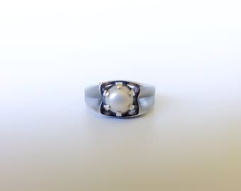 Art Deco Silver Ring, Size 7, Genuine Pearl, Nielo Silver, Engagement Bridal Gift, Love Spell, Romance, Pearl Jewelry, Shades Of Grey,