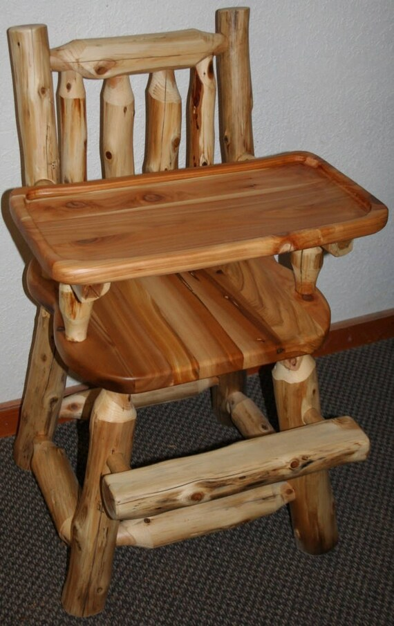 cedar log high chair with wooden tray. Black Bedroom Furniture Sets. Home Design Ideas