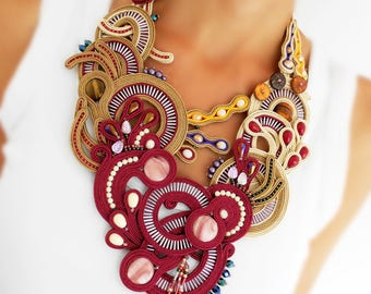 Deep red soutache statement necklace, large free form burgundy soutache necklace, big soutache necklace in fall colors, red chunky necklace